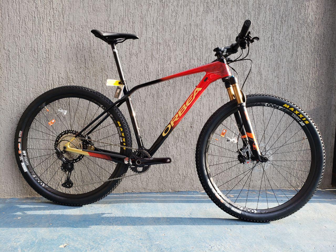 ALMA 29 M15 L CUSTOM RED/BLACK